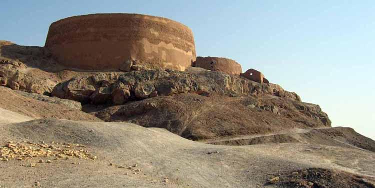 Circuit-Samsara-Yazd-cimetieres-zoroastriens-Iran