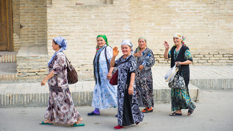 Femmes Ouzbek à Pangat samsara