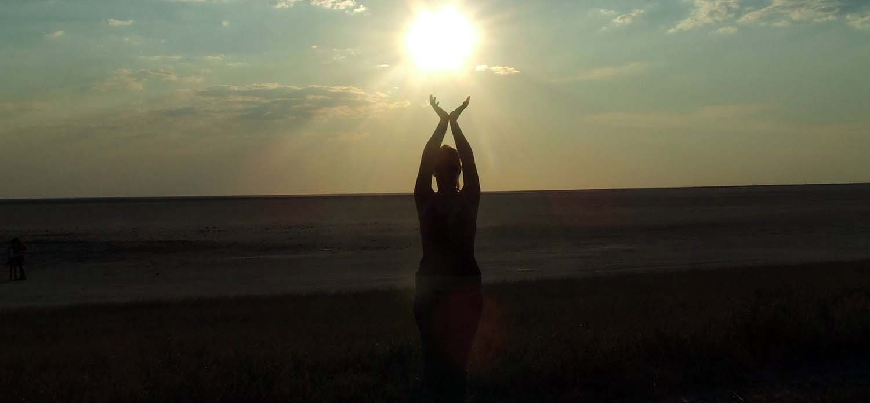 Coucher de soleil rà Makgadikgadi Pans