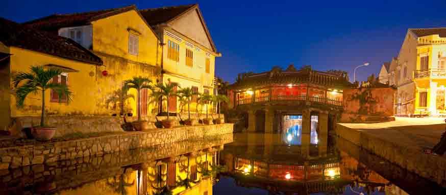 Vue sur le pont japonais de Hoi An au Vietnam