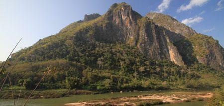 Non-Khiaw montagne sauvage Laos