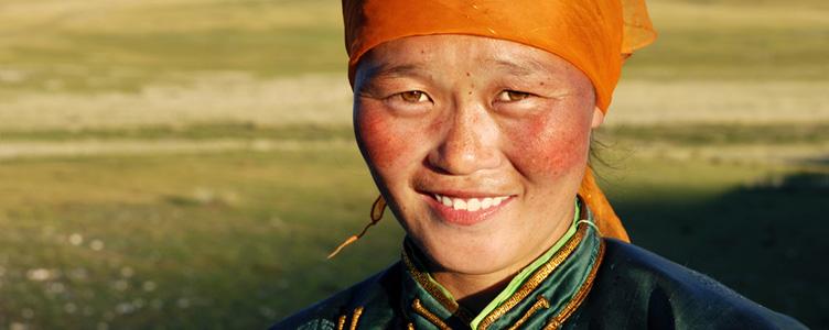 Portrait Mongole femme Samsara Voyages