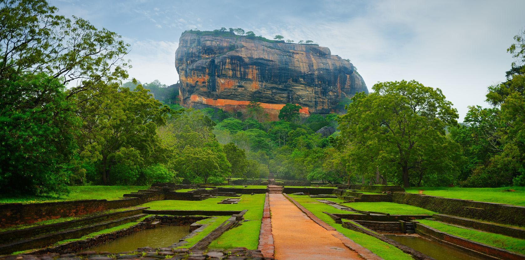 Vue sur le rocher de Sigiriya
