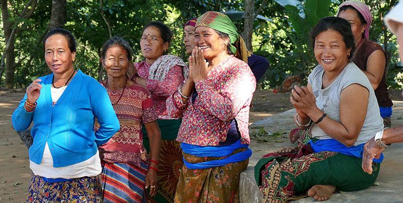 Rencontres dans un village au Népal avec Samsara Voyages